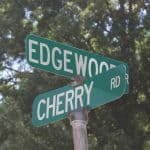 Edgewood Dr and Cherry Dr road signs